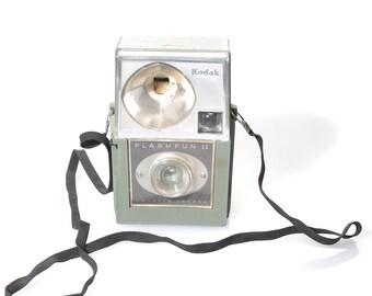 Kodak Flash Fun II Hawkeye Vintage Camera