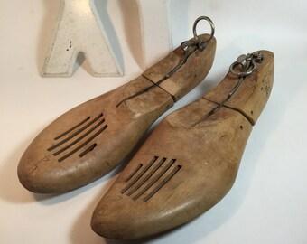 Men's Shoe Form Lasts / Vintage Pair Shoe Lasts Mens / Wooden Shoe Moulds Hardwood Shoe Forms