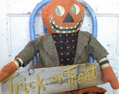 "Primitive Grungy Folk Art~ 31"" Tall Trick or Treat Jack Pumpkin Doll w/Wood Sign~HAFAIR"