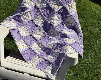 Flower and Purple Rag quilt