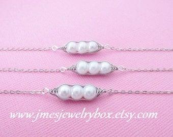 Three peas in a pod best friend bracelet set - White