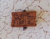 Gone Fishin' Sign Mold   Flexible Silicone Mold   Resin   Polymer Clay   FOOD Safe   Fondant   Chocolate   Candy   Sugar C375M