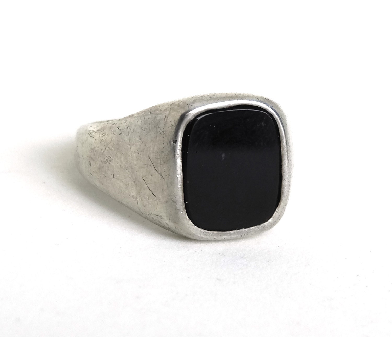 vintage mens ring sterling silver black onyx stone square face. Black Bedroom Furniture Sets. Home Design Ideas