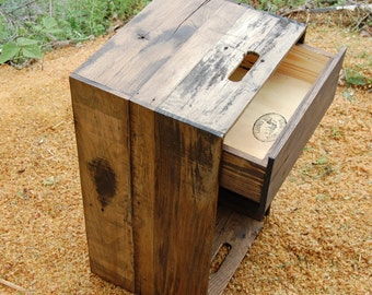 Wooden Crate/ Nightstand/ Side Table/ Drawer/ Reclaim Wood