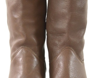 ON SALE BOOTS: Mid Calf Boot // Cuffed Boot // Leather Boots // Taupe Boots // 80s Leather Boots // Low Stacked Heel