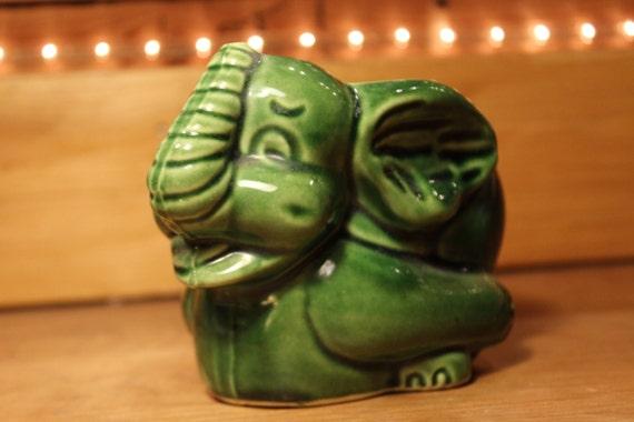 Vintage Mccoy Usa Pottery Green Elephant Planter Pot Item