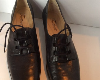 Vintage Women's Oxford Shoes by Trotters Black Size 7.5N