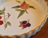 "Royal Worcester ""Evesham"" or ""Evesham Gold"" Small Quiche Dish"