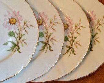 Bohemia Ceramic BOH25 Daisy Pattern - Set of Four Dessert Bread Wedding Cake Plates