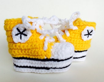 Yellow crochet baby converse booties, baby converse slippers, custom converse, shower gift