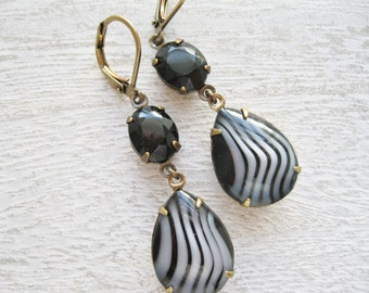 Black and Gray Drop Earrings Old Hollywood 40s Vintage Glam Vintage Rhinestones New Years Eve Dramatic Statement Earrings Retro Jewelry