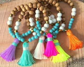B209 - Tassel Bracelet - Friendship Bracelet - Arm Candy - Boho Jewelry - Claribella - Wooden Bracelet