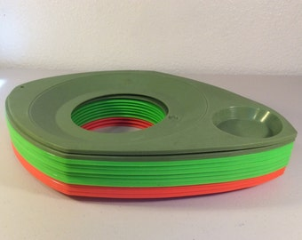 Retro Paper Plate Holders, Orange and Green Paper Plate Holders