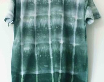 Men's green tie dyed t shirt M