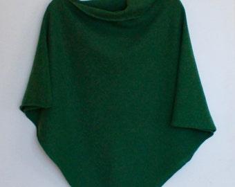 Poncho Soft Merino Lambswool Turf Green
