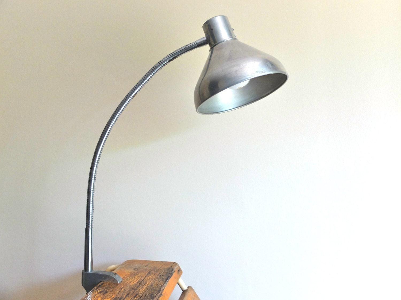 lampe d 39 architecte ajustable lampe industrielle ann es. Black Bedroom Furniture Sets. Home Design Ideas