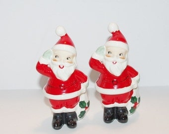 Santa Salt and Pepper Shakers by Lefton