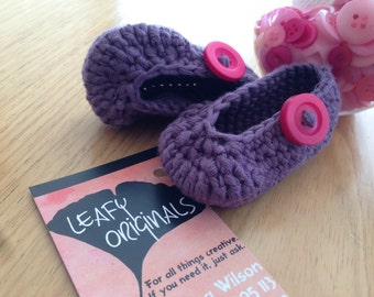 Cutie Booties, Custom made booties for your baby. Any colour or style made to order, gum boot, slipper, high side