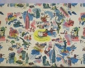 Wonderful Bloomingdale's 1939 World's Fair Box with Many Colorful Images of New York City Welcoming You / NYC Images on Store Box