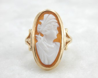Vintage Cameo Ring, Fine Carved Shell, Long Oval Ring, 14k Yellow Gold, M1WXC2-D