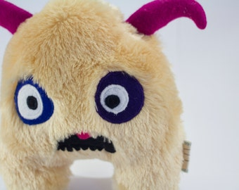 "Fur Monster Plush Doll WubDoll ""Vincent"""