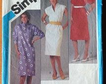 Vintage Misses' Pullover Dress Pattern // Simplicity 6448, Size 12
