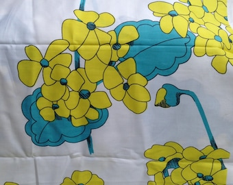 Vintage Cotton Geranium Fabric- Large Floral Print // 1 yard, bright yellow and blue, by the yard