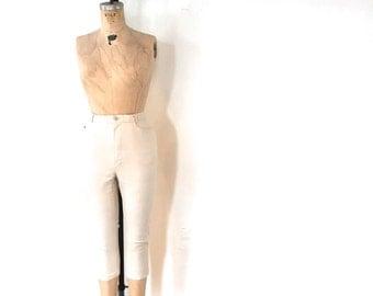 SALE / Vintage Ivory Hot Pant / Khaki Capri Clam Diggers Jitterbug / Nineties 1990s 90s / Size 6