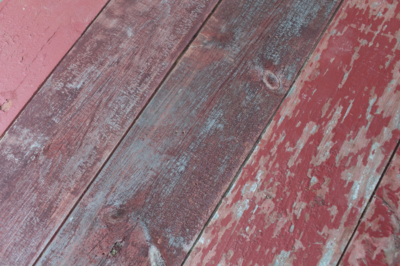 Reclaimed 1x8 Barn Wood Paneling Weathered Red Barnwood