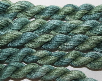 224 Cochabamba - hand dyed variegated stranded cotton by Fils a Soso, made in France