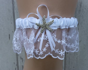 White Lace Starfish Bridal Garter / Bride / Wedding Accessories