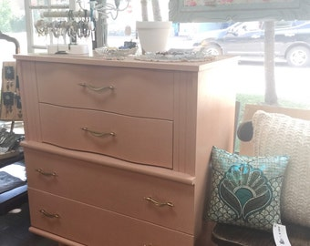Chest of drawers 4 drawers pastel: fishing. Chalk Paint ™ Annie Sloan - creating design dawn