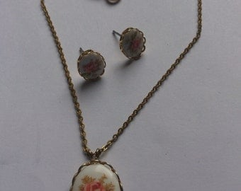 Vintage china rose earrings and necklace set