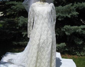 1960's Taffeta And Lace Ivory Wedding Dress/ A line Bridal/ Veil/ Modest Bridal/ Long Sleeve Bridal/ Size M
