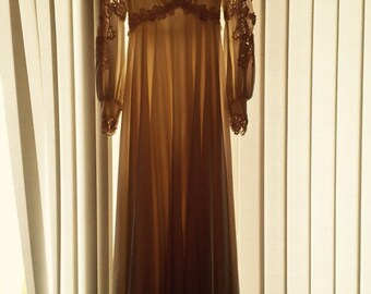 Vintage Cream Lace Wedding Dress with matching Veil sz 7-8 Medium