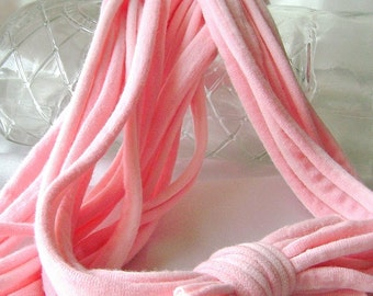 Peach pink T shirt yarn, t shirt necklace, Infinity scarf, Fabric jewelry, Tee shirt, Summer jewelry, Lightweight, peach pink ombre