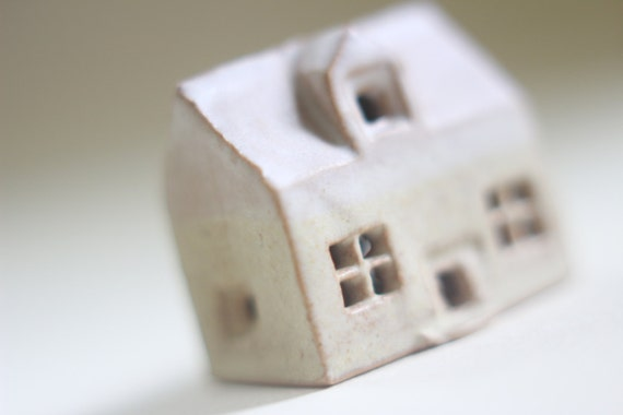 Miniatur keramik haus englische keramik und t pferei kleine - Einweihungsparty auf englisch ...