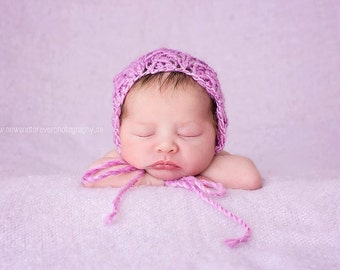 Newborn knit round back bonnet
