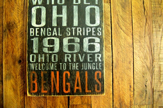 Cincinnati Bengals Distressed Wood Sign-Great Father's Day Gift!