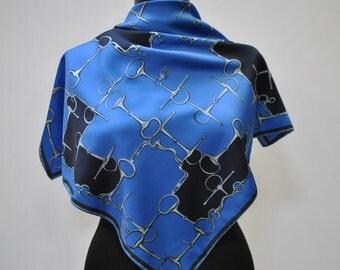 Vintage PRINTED scarf....(880)
