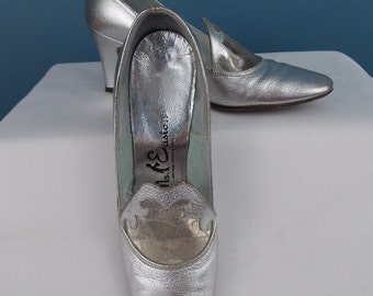 1960's Mr. Easton Silver Pumps 6 AA