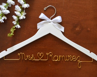 Bride Hanger, Wedding Hanger, Wedding Dress Hanger, Bridesmaid Hanger, Personalized Hangers, Mrs Hanger, Bride Gift, Bridesmaid Gift,