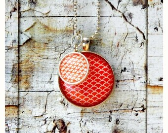 Red scallop silver pendant/cabochon/necklace/modern/Japanese/pattern/bezel/glass/unique/handmade