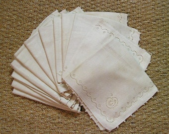 "12 Vintage Cotton Napkins: 17"" x 17"""
