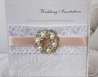 Wedding Invitations Vintage Lace Embellishment Pearl , A Set Of 100 Invitations Plus Envelopes
