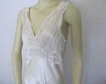 1940 Nightgown Rayon Nightgown Lady Leonora 36 Bias Cut Ivory Nightgown Rare Lingerie