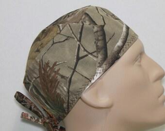 scrub hat/ camo/ Realtree (authentic)