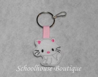 White Kitty Cat Felt Zipper Pull, Felt Keychain Fob, Felt Key Ring, Felt Key Fob, Purse Accessory, Luggage Tag