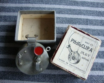 Photoclip mechanical self timer for vintage photo camera made in Schwitzerland by M & V