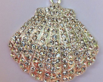 38mm Sea Shell Clam Shell Beach Sparkly Rhinestone Pendant Chunky Necklace Beads